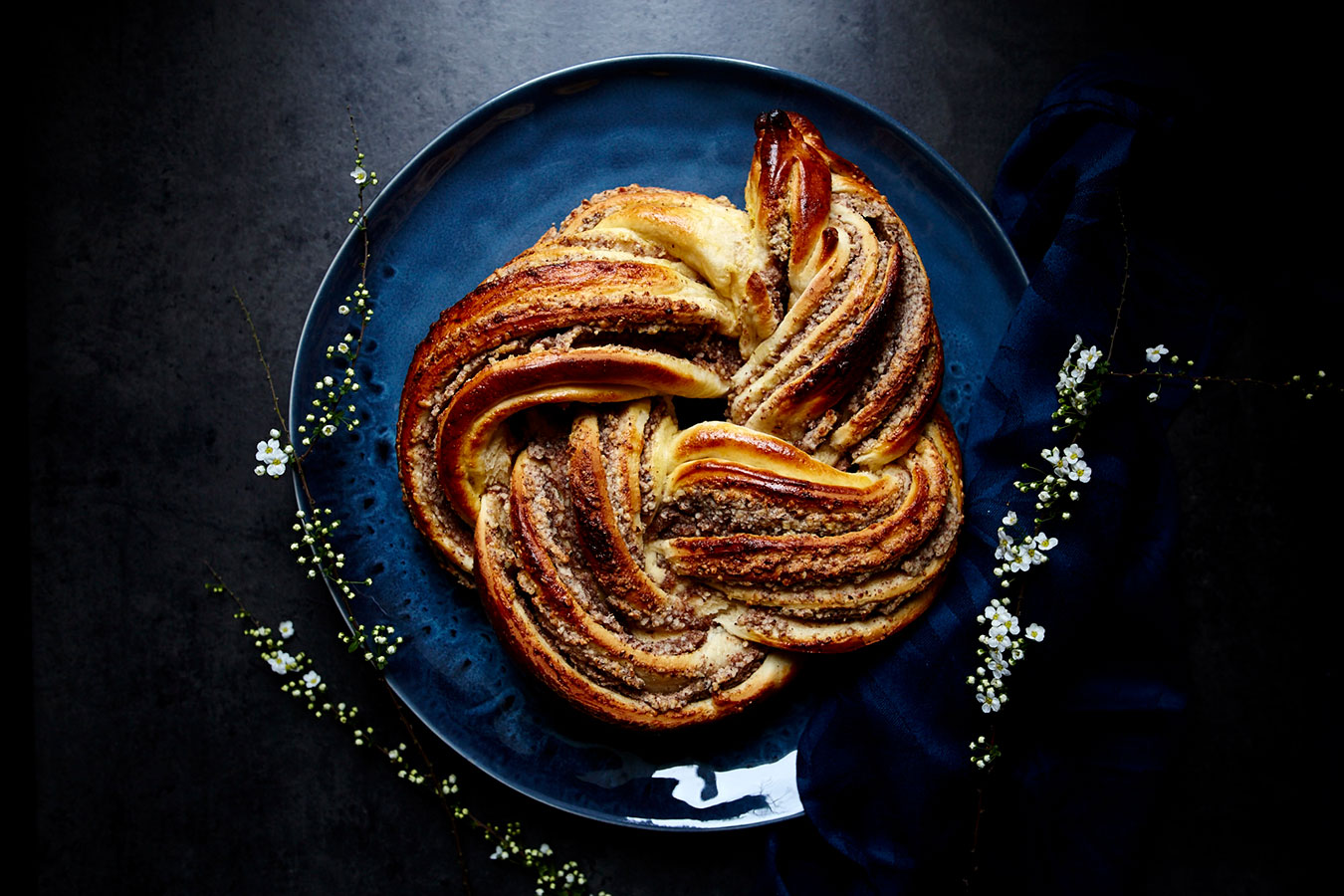 foodfotografie-Hefe-Nuss-Zopf